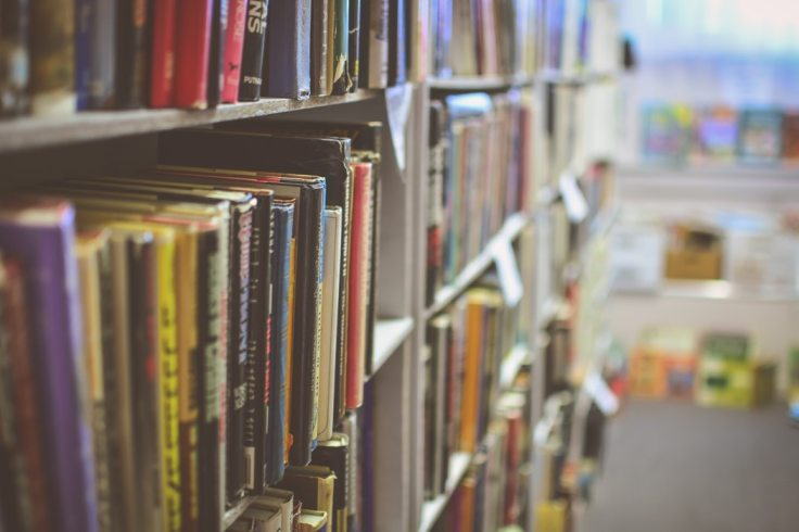 Unsplash_Books_JamieTaylor